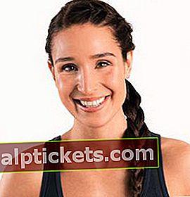 Kayla Itsines: Bio, taille, poids, âge, mesures