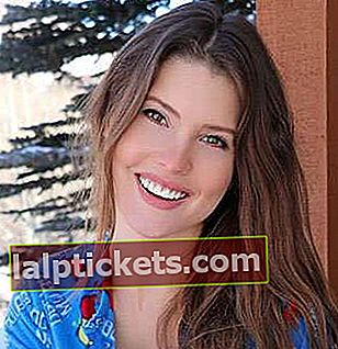Amanda Cerny: Bio, taille, poids, âge, mesures