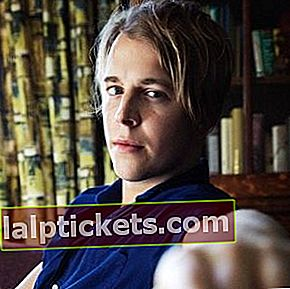 Tom Odell: Bio, taille, poids, âge, mesures
